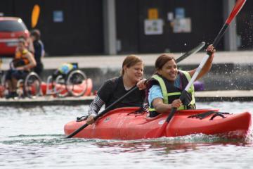 Doppel-Lehrgang Kanu-Behindertensport mit prominenter Beteiligung - Foto: (c) Bayerischer Kanu-Verband e.V.