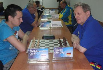 Gehörlose Schach WM: Sergey Salov nach der 7. Runde auf Platz 1 - Foto: (c) DGS Archiv